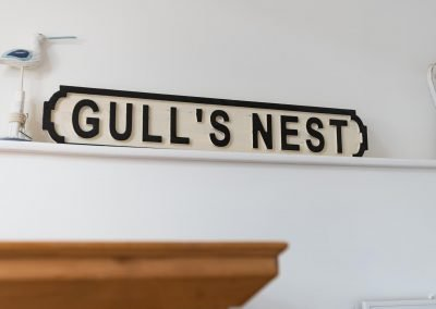 Master bedroom Gull's Nest sign